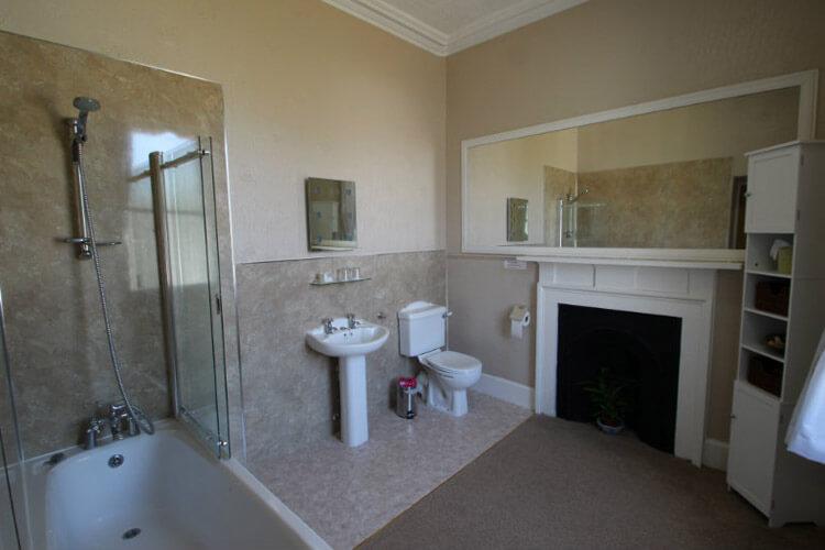 Glenaldor House - Image 4 - UK Tourism Online