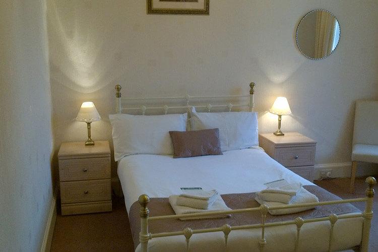 Glencairn Villa - Image 3 - UK Tourism Online
