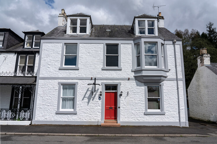 Queensberry House Guest Accommodation - Image 1 - UK Tourism Online