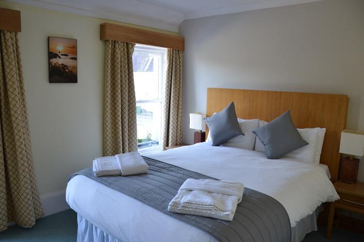 The Ship Inn - Image 3 - UK Tourism Online