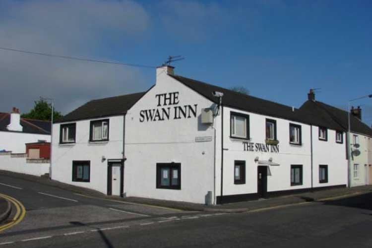 The Swan Inn - Image 1 - UK Tourism Online