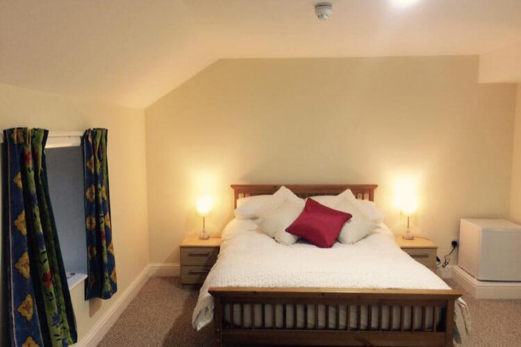 The Village Inn - Image 2 - UK Tourism Online