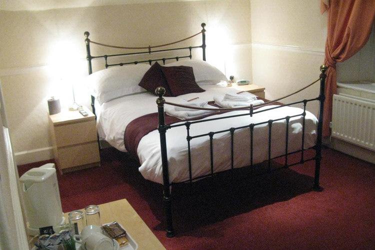 Torbay Lodge Guest House - Image 4 - UK Tourism Online