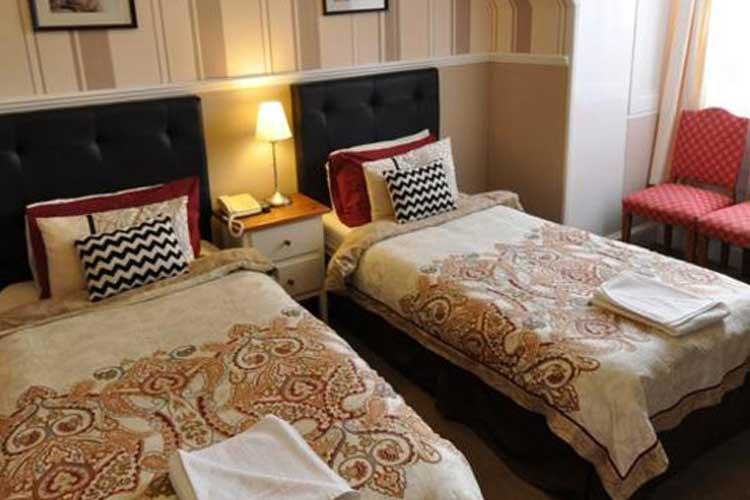St Valery Guest House - Image 3 - UK Tourism Online