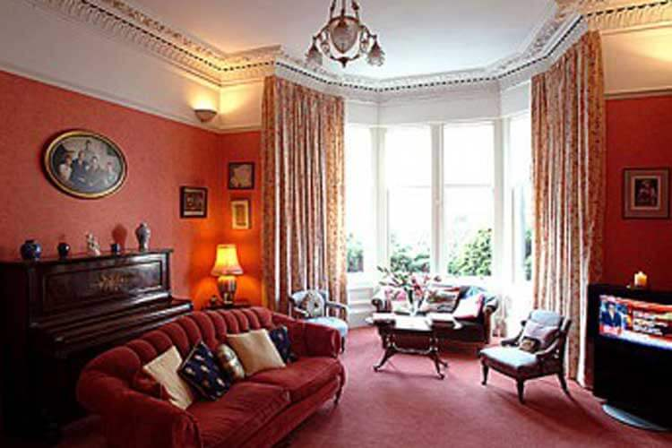 The Town House - Image 4 - UK Tourism Online