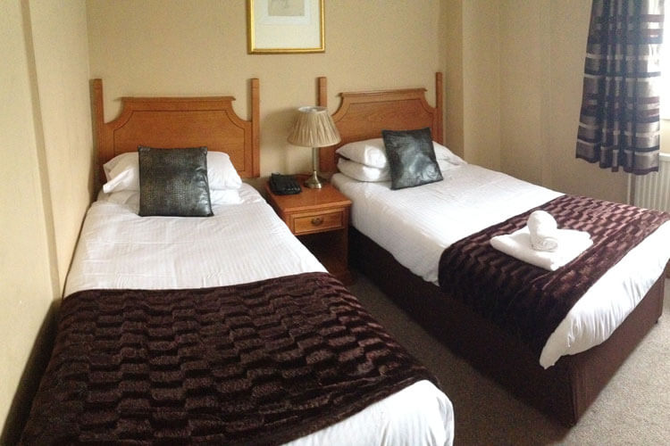 Caledonia Hotel - Image 3 - UK Tourism Online