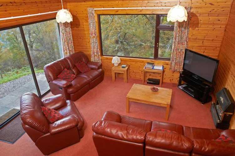 Drumnadrochit Lodges - Image 2 - UK Tourism Online