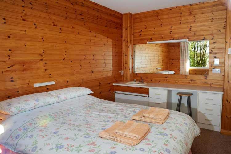 Drumnadrochit Lodges - Image 5 - UK Tourism Online