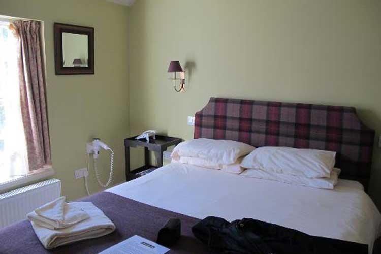 The Loch Ness Inn - Image 2 - UK Tourism Online
