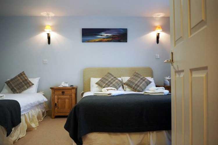 The Loch Ness Inn - Image 3 - UK Tourism Online