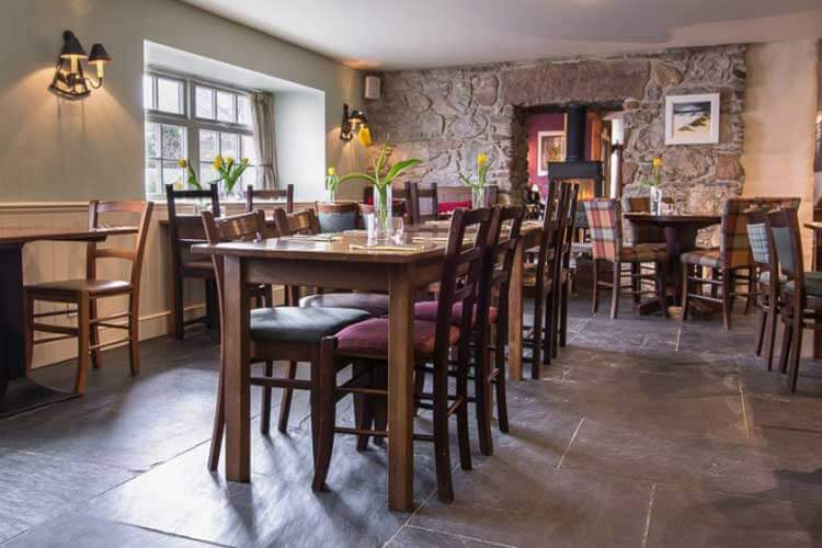 The Loch Ness Inn - Image 5 - UK Tourism Online