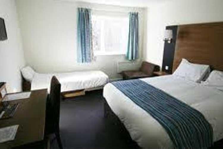 Eye Sleep Over - Image 3 - UK Tourism Online