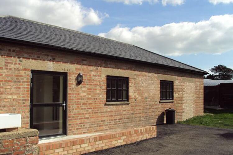 Norton Farm Holiday Cottage - Image 1 - UK Tourism Online