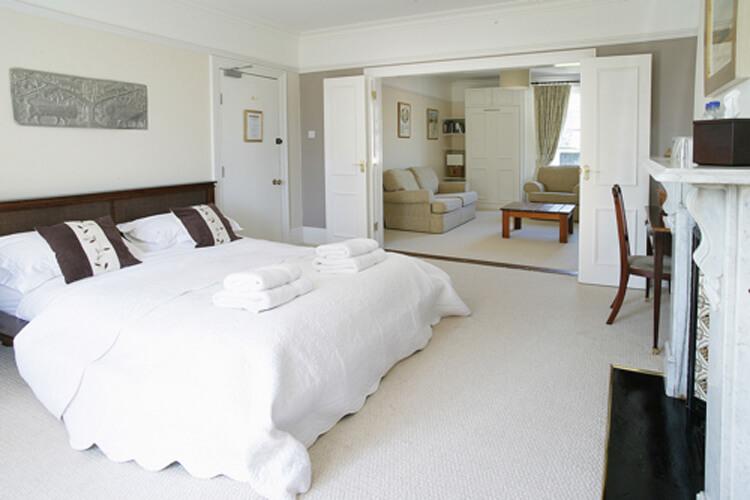 Riverdale House Bed & Breakfast - Image 1 - UK Tourism Online