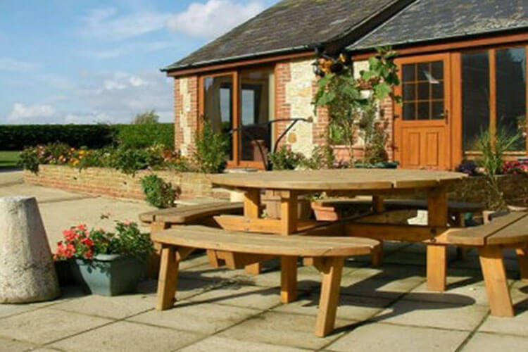 Atherfield Green Holiday Cottages - Image 2 - UK Tourism Online
