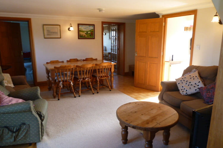 Atherfield Green Holiday Cottages - Image 4 - UK Tourism Online