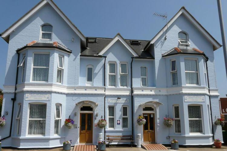 Victoria Lodge Apartments - Image 1 - UK Tourism Online