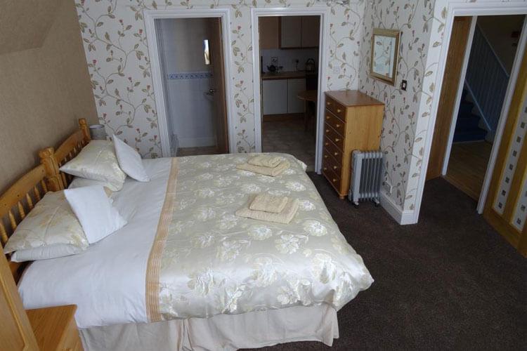Victoria Lodge Apartments - Image 2 - UK Tourism Online