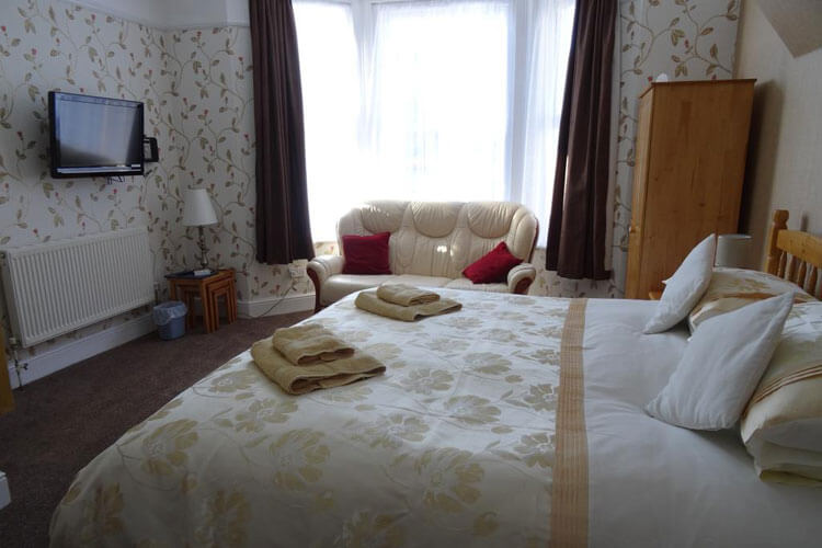Victoria Lodge Apartments - Image 3 - UK Tourism Online