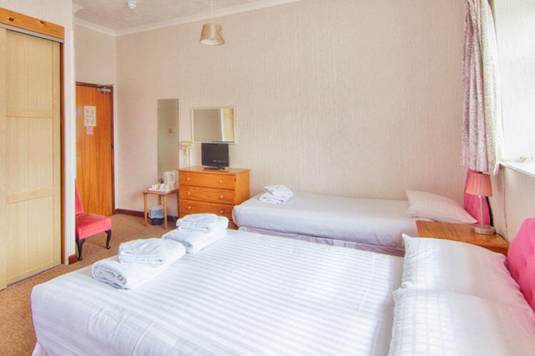 Wight Bay Hotel - Image 3 - UK Tourism Online