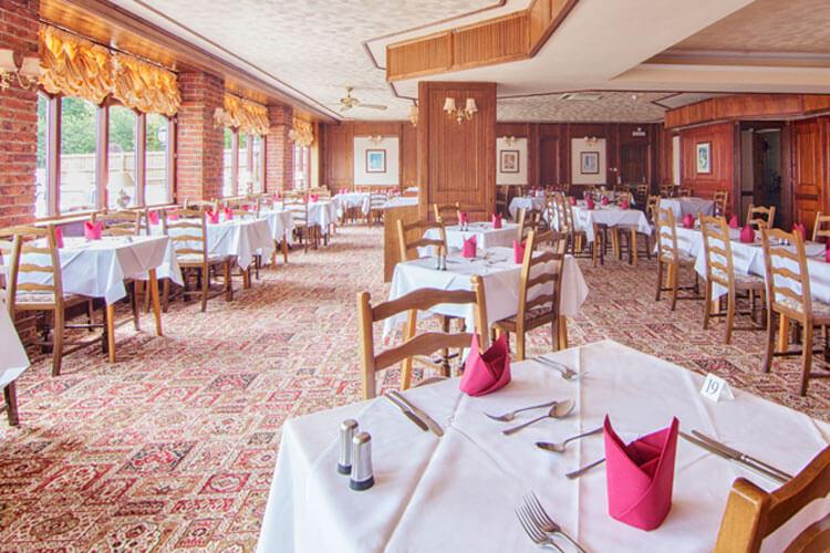 Wight Bay Hotel - Image 5 - UK Tourism Online
