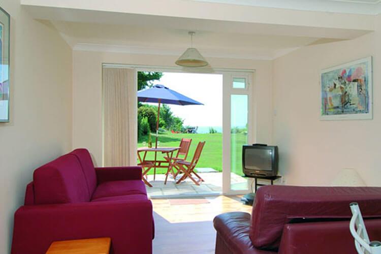Woodcliffe Holiday Apartments - Image 2 - UK Tourism Online
