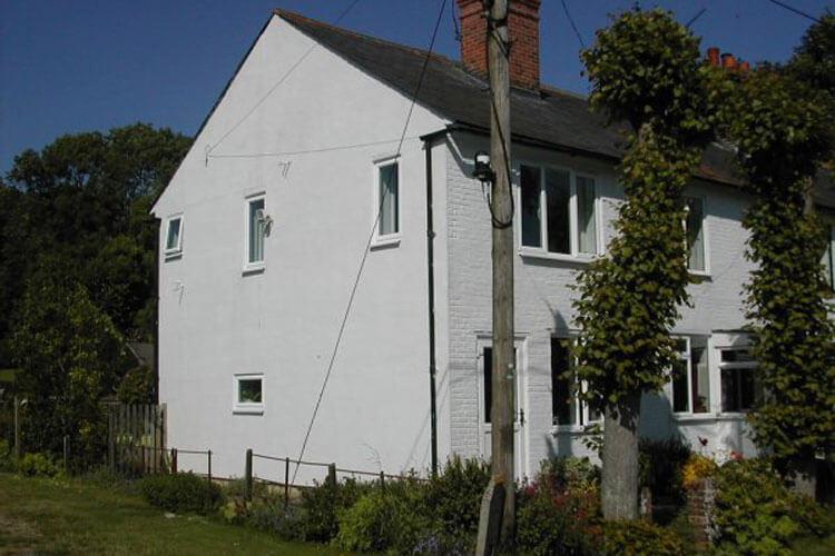 Lime Tree Cottage - Image 1 - UK Tourism Online