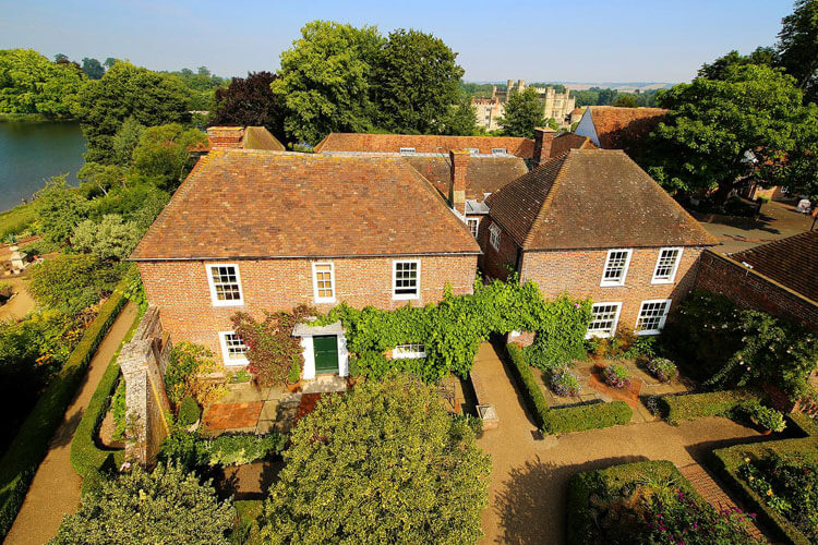 Stable Courtyard Bed & Breakfast - Image 1 - UK Tourism Online