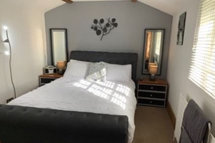 Dragons Lodge Self Catering - Image 4 - UK Tourism Online