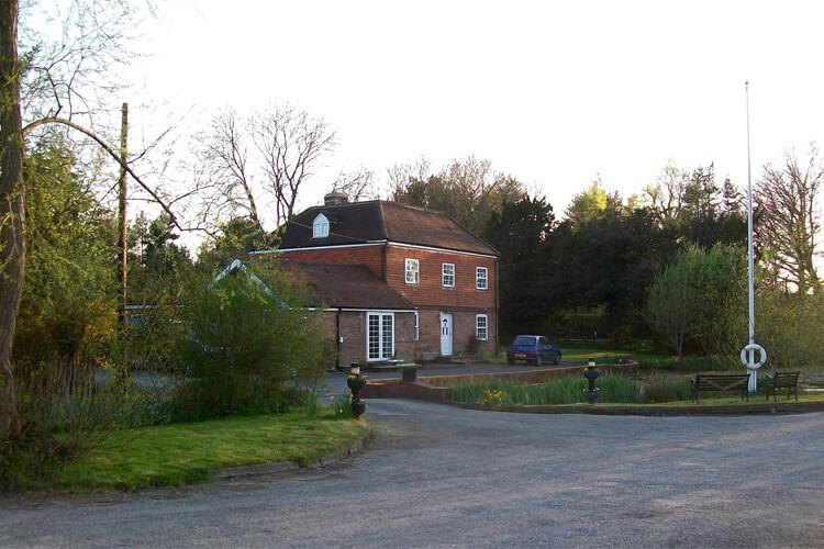 Stantons Hall Farm - Image 1 - UK Tourism Online
