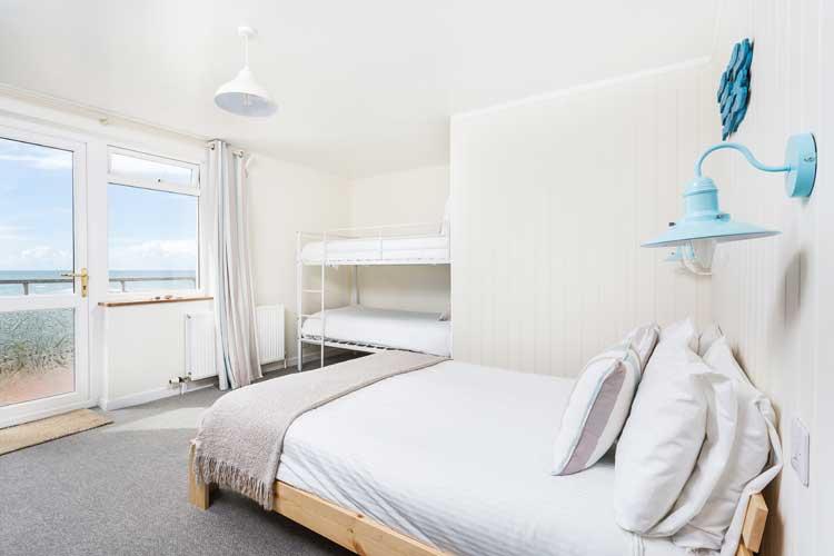 Beach House B&B - Image 3 - UK Tourism Online