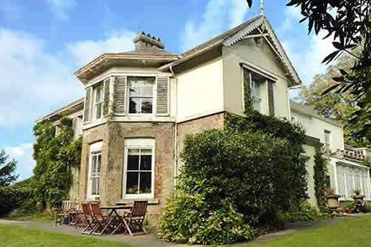 Bedknobs Bed and Breakfast - Image 1 - UK Tourism Online