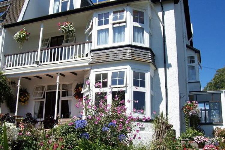 Bosanneth Guest House - Image 1 - UK Tourism Online