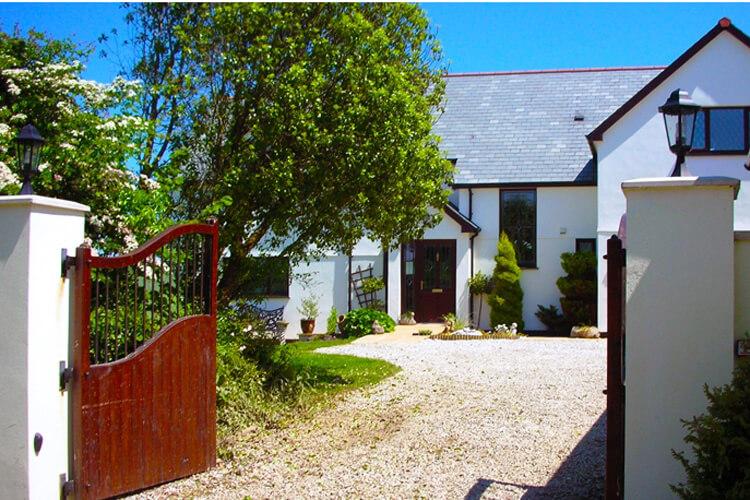 Bosvean House - Image 1 - UK Tourism Online