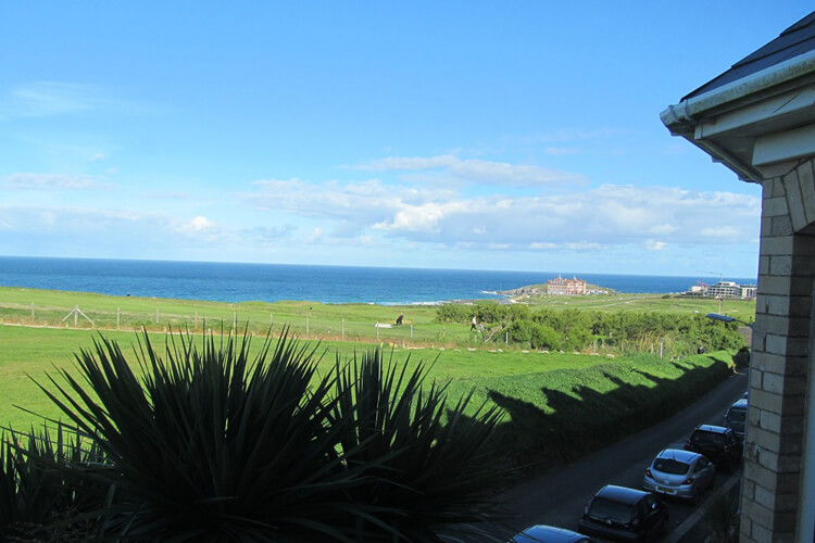 Breakers Guest House - Image 2 - UK Tourism Online