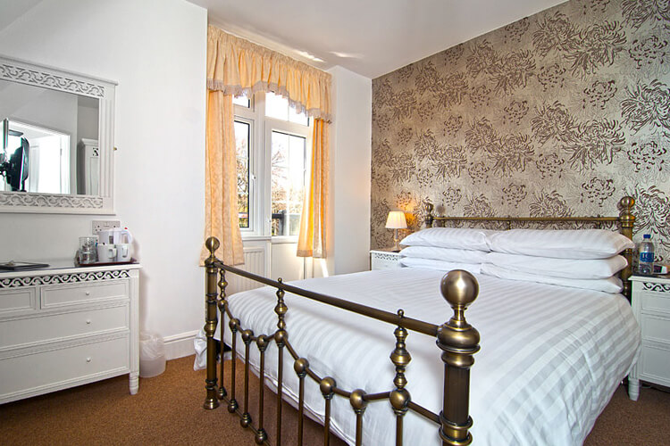 Chellowdene Guest House - Image 2 - UK Tourism Online