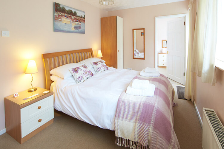 Lower Meadows House - Image 2 - UK Tourism Online