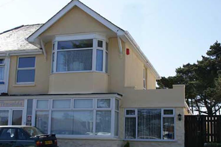 Pensalda Guest House - Image 1 - UK Tourism Online