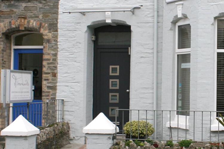 St Bernards Guest House - Image 1 - UK Tourism Online