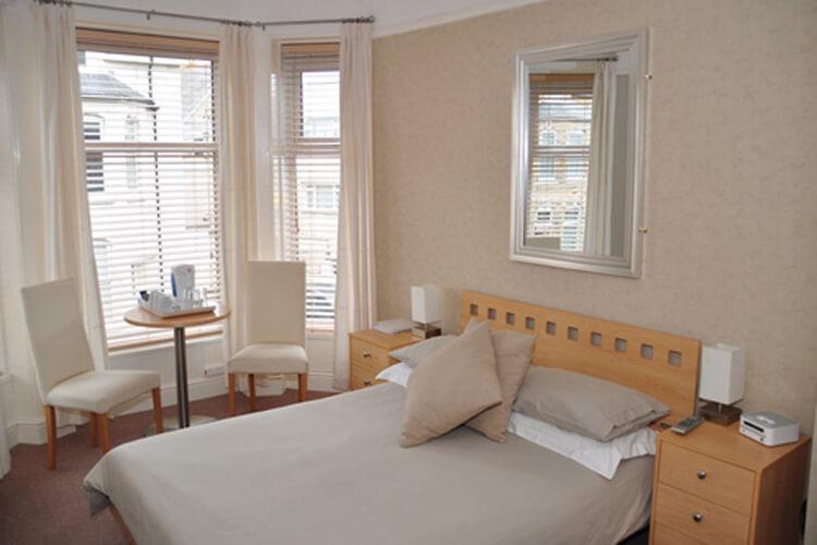 St Bernards Guest House - Image 2 - UK Tourism Online