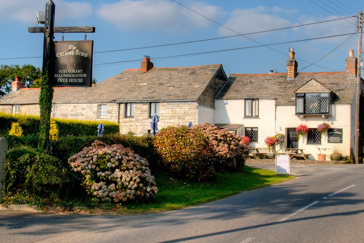 The Cornish Arms - Image 1 - UK Tourism Online