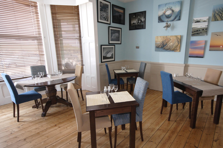 The Edgcumbe Bed & Breakfast Bar & Grill - Image 3 - UK Tourism Online