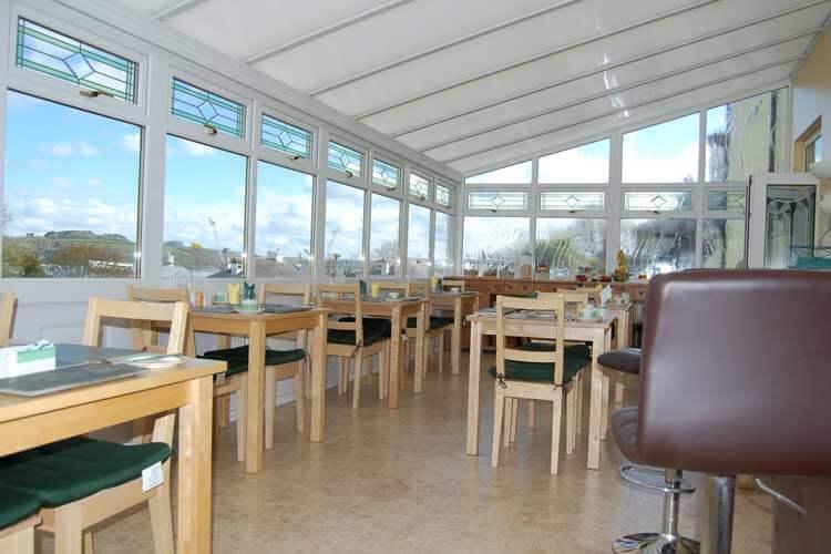 Tregenna Guest House - Image 4 - UK Tourism Online