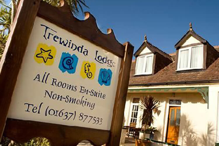 Trewinda Lodge - Image 1 - UK Tourism Online