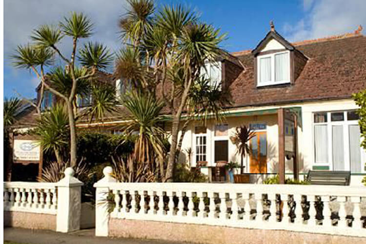 Trewinda Lodge - Image 2 - UK Tourism Online