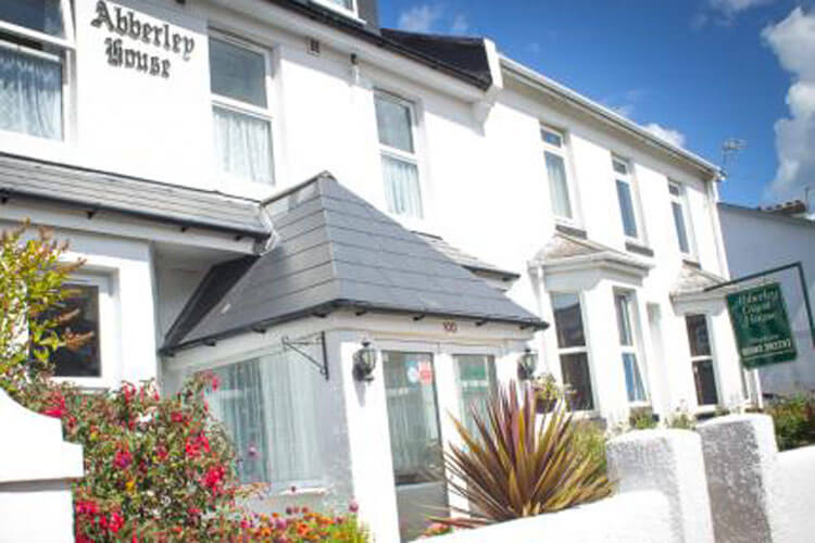 Abberley Guest House - Image 1 - UK Tourism Online