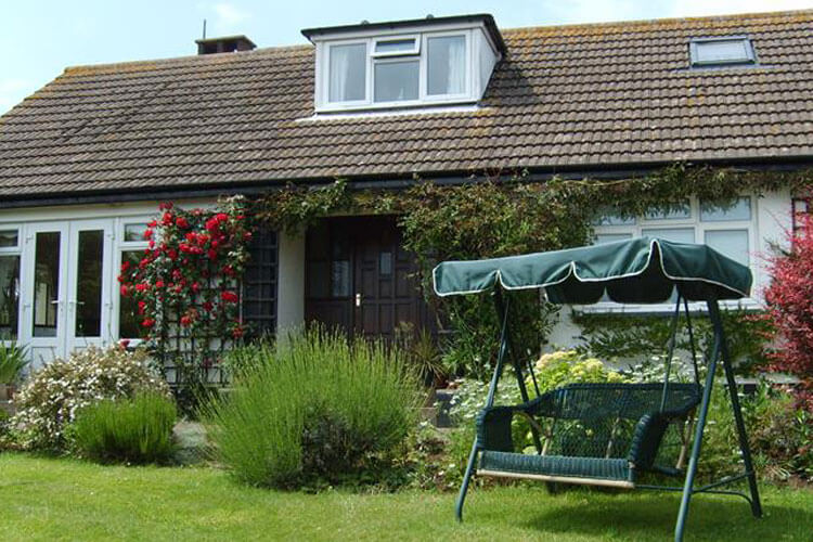 Ash Lawn Cottage Bed and Breakfast - Image 1 - UK Tourism Online