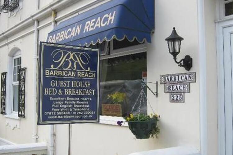 Barbican Reach Guest House - Image 1 - UK Tourism Online