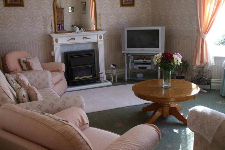 Birchwood House - Image 4 - UK Tourism Online