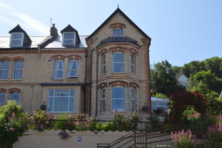 Burnside Guest House - Image 1 - UK Tourism Online